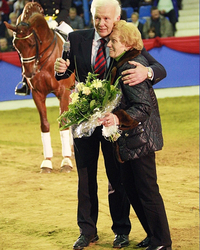 2008: Paula Vorwerk, the wife of the deceased Georg Vorwerk and Gudula Vorwerk-Happ's mother, is the Grand Dame of Oldenburg horse breeding.